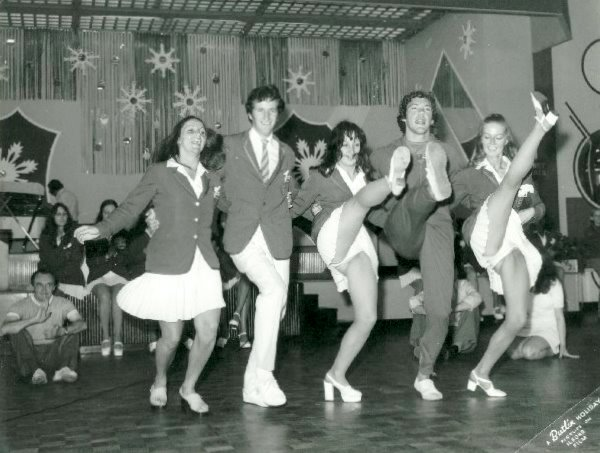 SUNDAYS at BUTLINS SKEGNESS 1973 5 Can Can