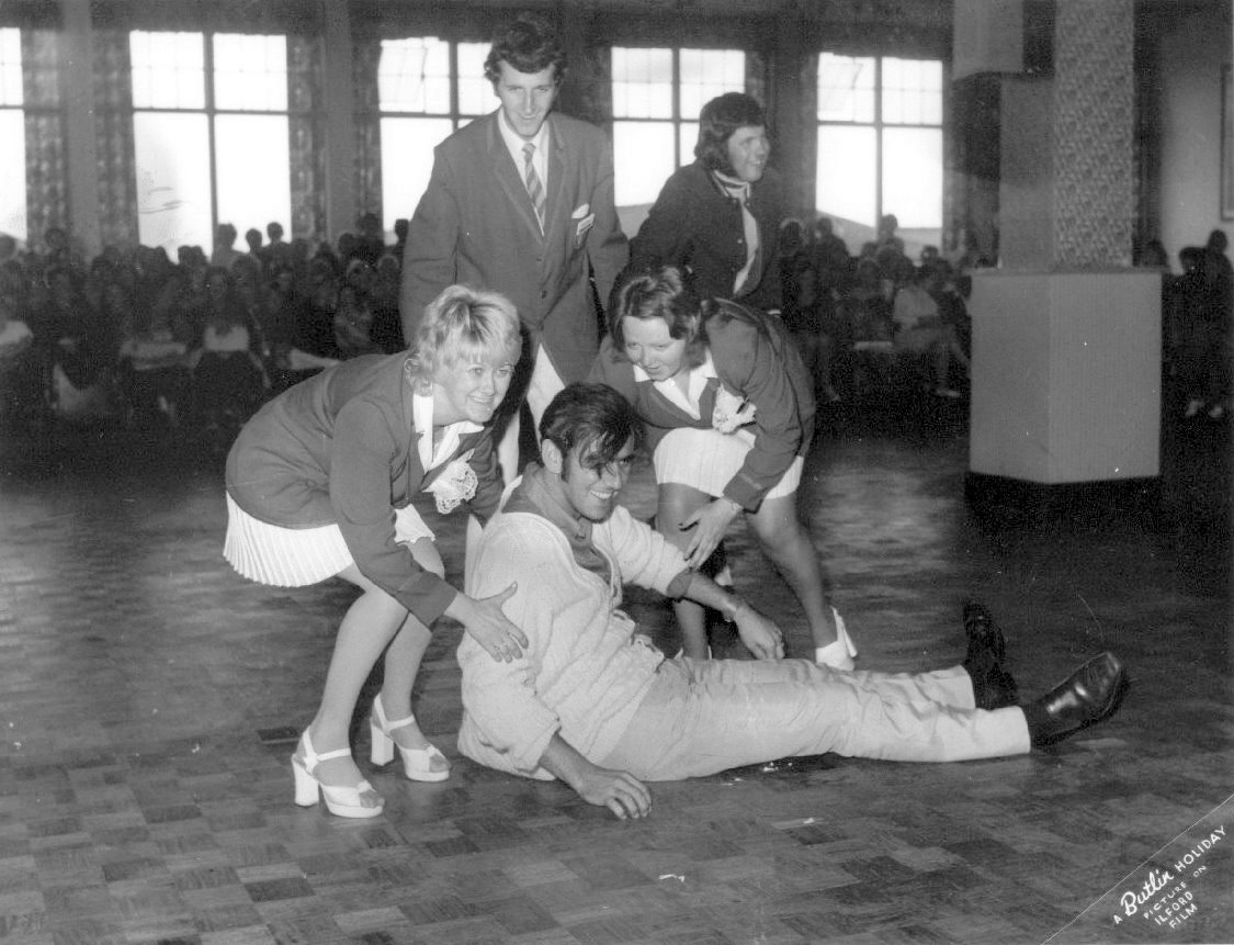 SUNDAYS at BUTLINS SKEGNESS 1973 10